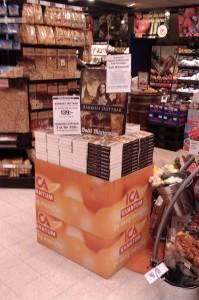Barkhes Döttrar på hög i ICA-butiken OJ i Helsingborg