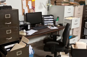 messy-office-room-iStock_000016644217Small